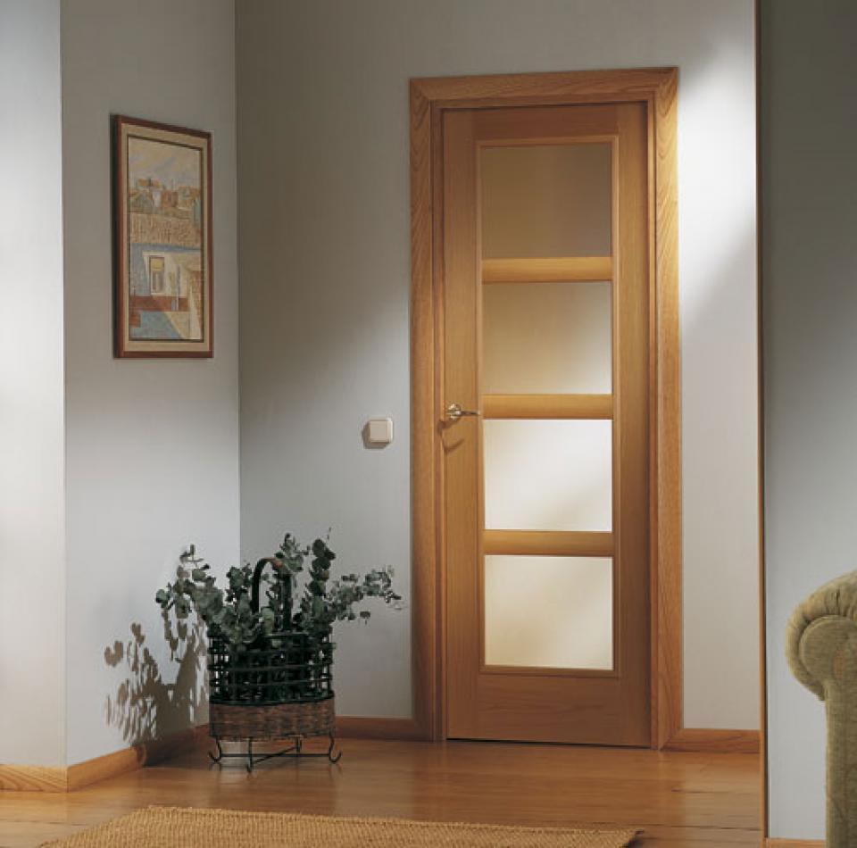 Colores de puertas de madera trendy puertas de madera - Colores de puertas de madera interiores ...
